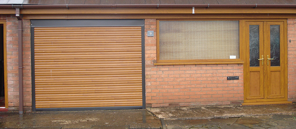 compact-insulated-roller-garage-doors-1